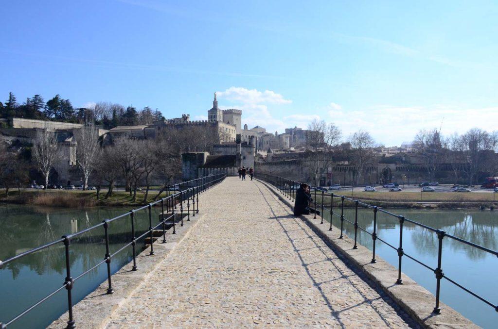 Balade sur le Pont d'Avignon