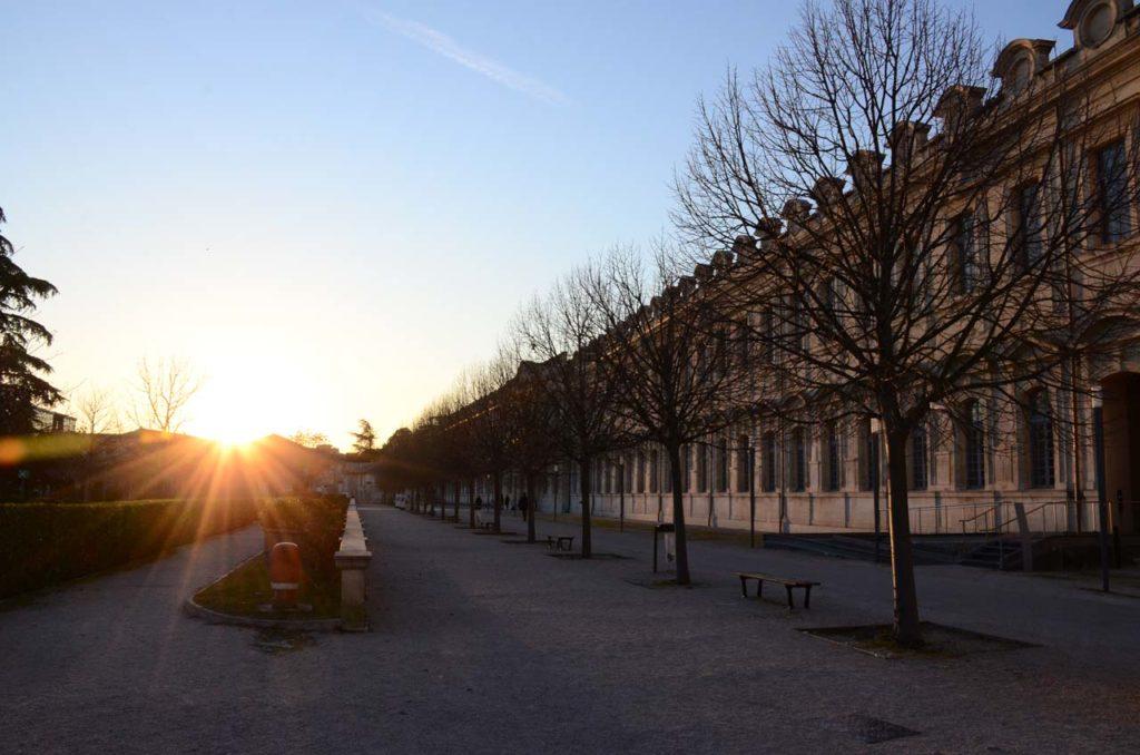 Université d'Avignon au coucher du soleil