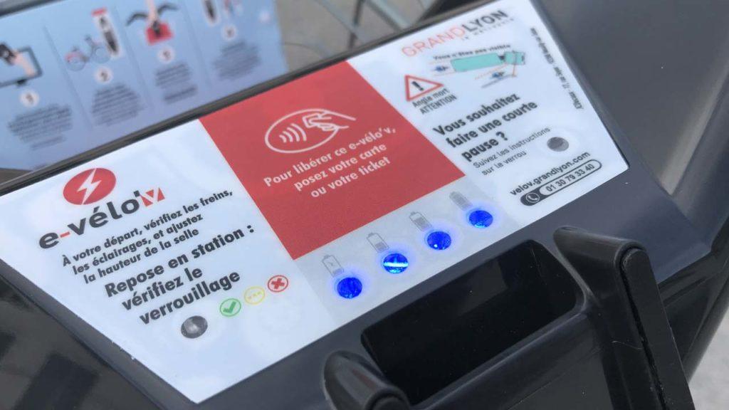 Vélo'v électrique : indicateurs de charge de la batterie