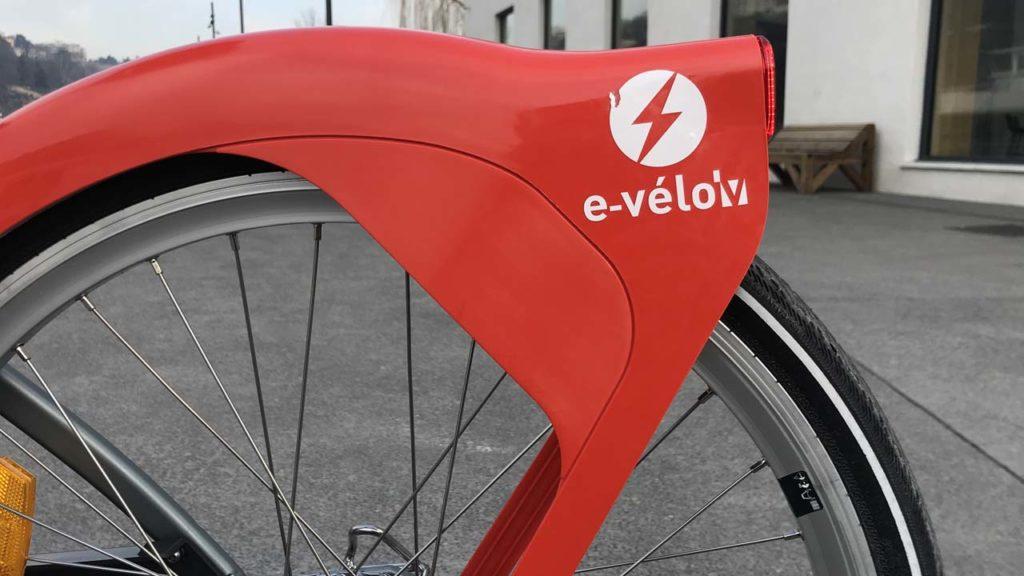 Vélo'v électrique : logo sur le garde-boue