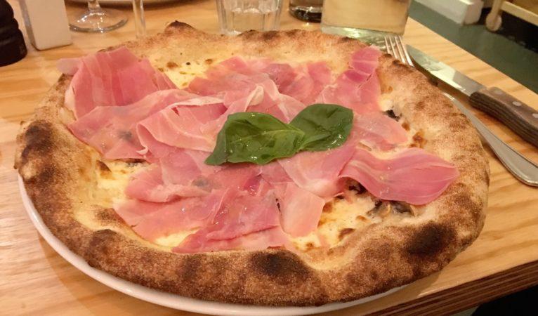 Himalia : La pizza au sommet