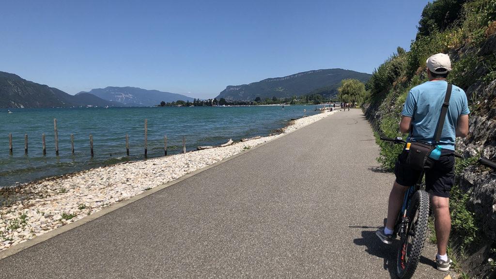 Balade en vélo à Aix les Bains